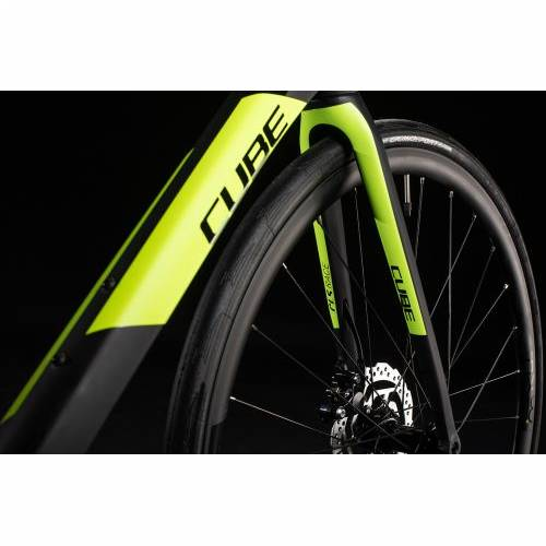 CUBE ATTAIN GTC RACE CARBON´N´FLASHYELLOW 2020, 56 cm Cijena